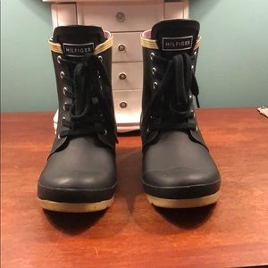 Tommy Hilfiger rain boots!
